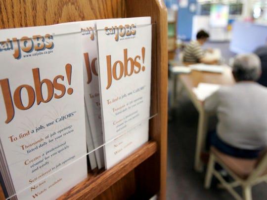 unemployment+office_1445958757289_25803831_ver1.0_640_480.jpg