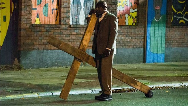 """Delroy Lindo is a street-corner preacher whose faith touches the lives of several people in """"Do You Believe?"""""""