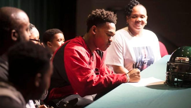 Reynolds senior Rico Dowdle signed to play college football for South Carolina on Wednesday.
