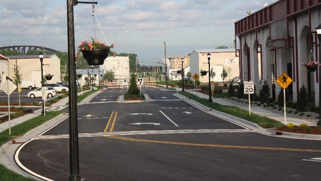 Clarksville's newly constructed Court Avenue extension runs from Missouri Avenue to Woerner Avenue through Water Tower Square.  The road opened to the public  Monday morning.