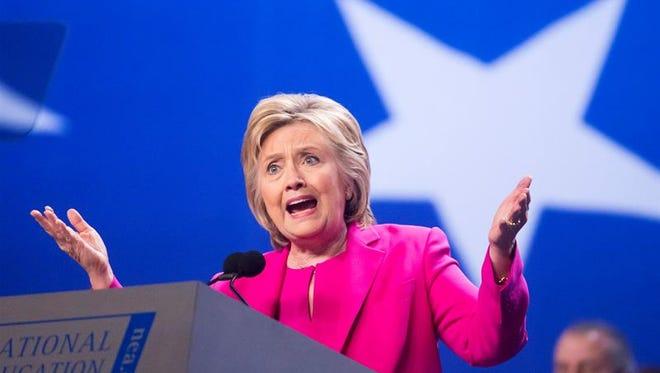 El jefe de campaña de la virtual candidata demócrata a la Casa Blanca, Hillary Clinton, Robby Mook, alerta de que su posible rival en las presidenciales, Donald Trump, podría ganar en Florida, un estado que se presenta vital en las elecciones de noviembre próximo. (EFE/EPA/ARCHIVO)