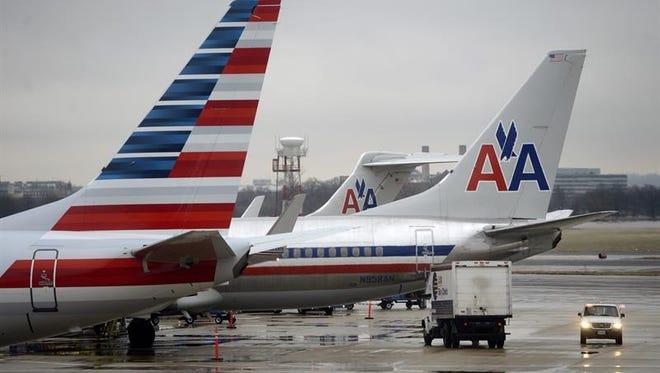 La aerolínea estadounidense American Airlines informó hoy de que el gobierno cubano les autorizó esta semana 56 vuelos comerciales semanales de Miami a cinco ciudades de la isla, los cuales comenzarán a partir del próximo 7 de septiembre.