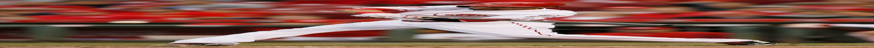 Marlon Byrd's homer helps Reds past Giants, 4-3