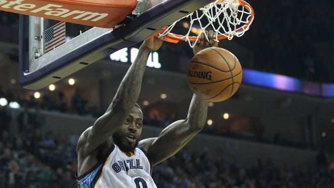 Dec 29, 2016; Memphis, TN, USA;  Memphis Grizzlies forward JaMychal Green (0) dunks the ball in second quarter against the Oklahoma City Thunder at FedExForum. Mandatory Credit: Nelson Chenault-USA TODAY Sports