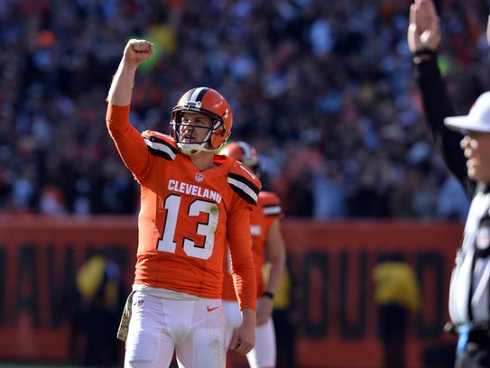 Josh McCown continues to exceed expectations with the