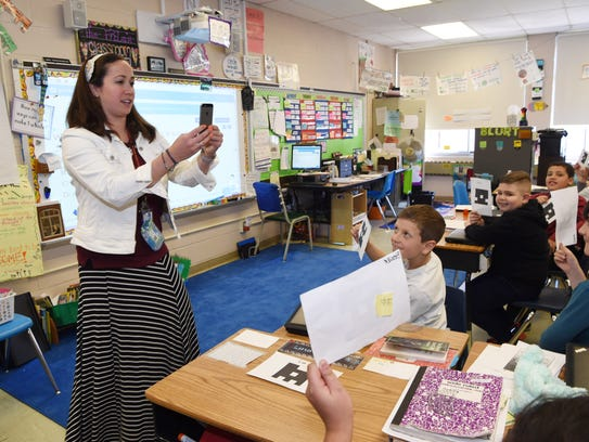 Elementary Classrooms Technology Use : Technology becomes key to successful classrooms