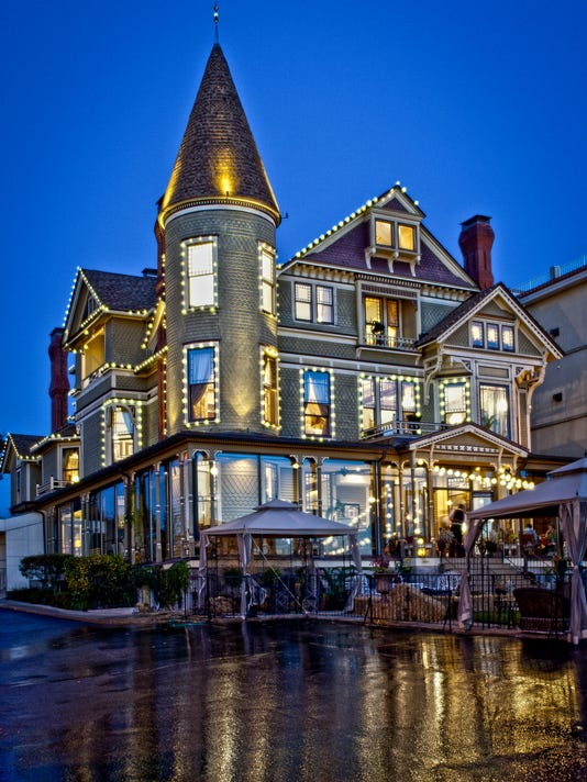 The Baker House In Lake Geneva Was Built 1885 And Is Now Home To A Bed Breakfast Photo Peter Harasty Studio