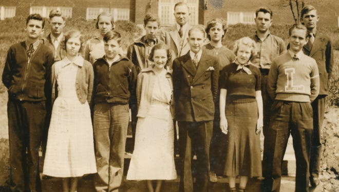 Help the Bullitt County History Museum put names with the faces. The 1937 senior class of Lebanon Junction School was donated to the museum.