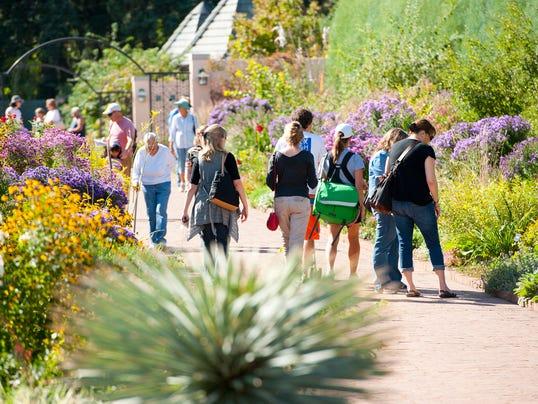 Denver Botanic Gardens Guests_Credit Denver Botanic Gardens copy
