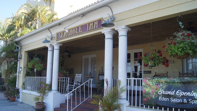 The Seminole Inn, a 1926 restored historical inn built during the Florida Railroad boom, is a great place for Mother's Day brunch.