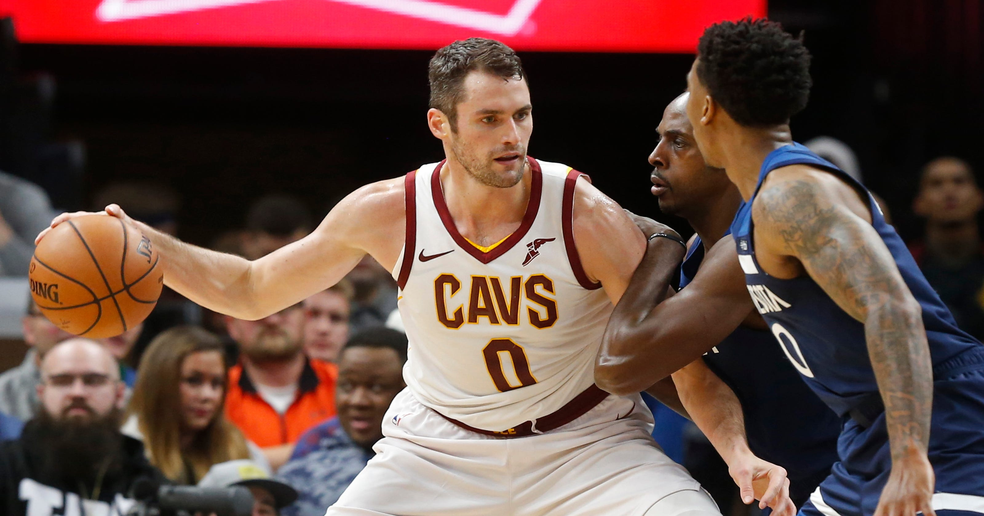 the latest c4eb2 60205 Cavs' All-Star Love to miss 'weeks' with painful toe injury