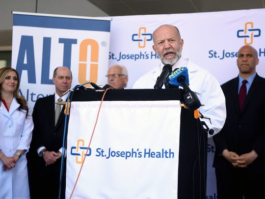 Dr. Mark Rosenberg, Chairman of Emergency Medicine and Chief Innovataions Officer for St. Joseph's Health helped decrease opioid prescriptions in St. Joseph's Emergency Deparment by 82% in the two years The Alternatives to Opioids (ALTO) has been operational in the hospital. ALTO in the Emergency Department Act would establish a national demonstration program, based on the successful ALTO model pioneered at St. Joseph's Medical Center, to implement alternative pain management protocols to limit the use of unnecessary opioids in emergency departments both here in New Jersey and across the country on Monday, April 23, 2018.