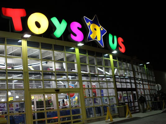 Toys-R-Us-storefront.jpg