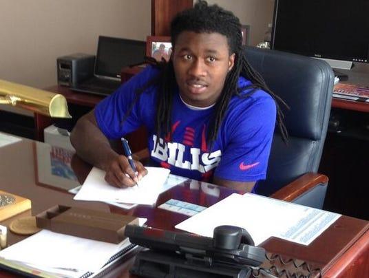 Sammy Watkins signs
