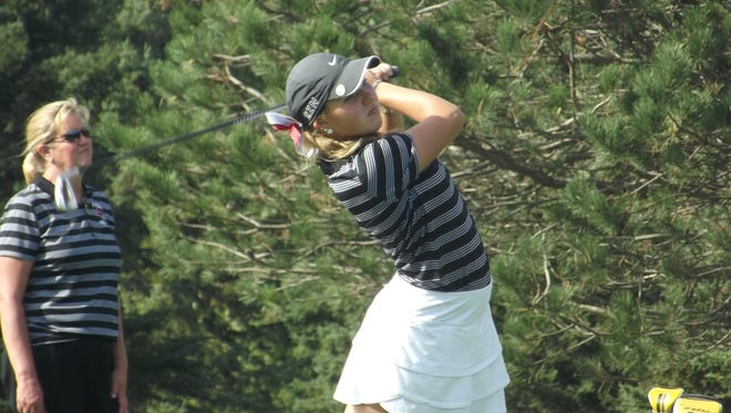 De Pere senior Megan Growt won medalist honors at the Fox River Classic Conference championship for a second straight year. She carded a 76 at Wander Springs Golf Course in Greenleaf on Friday.