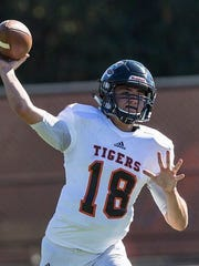 Cameron Yowell played quarterback at Occidental College during the 2017 season.