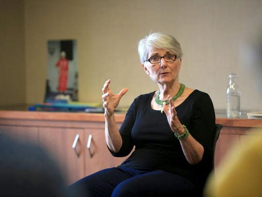 Professional storyteller Connie Regan-Blake leads an all-day workshop on storytelling at the Lenoir-Rhyne Graduate School at the Asheville Chamber of Commerce building on March 21.