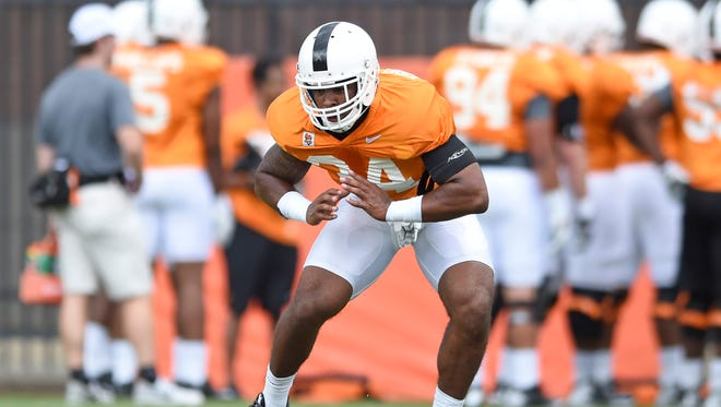Tennessee linebacker Darrin Kirkland Jr. works on lateral drills during practice Aug. 7, 2015, in Knoxville, Tenn.