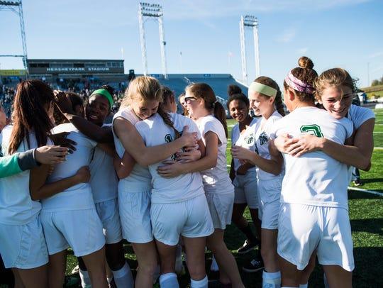 Fairfield celebrates their win over Shady Side Academy
