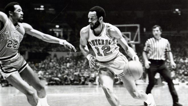 Phil Sellers drives against St. John's in the ECAC Final.