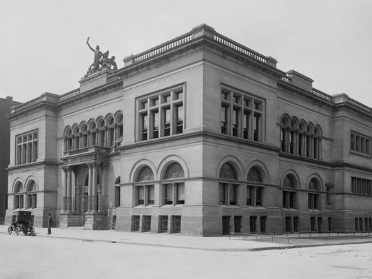 The Indianapolis Public Library was located at the southwest corner of Meridian and Ohio Streets circa 1905.