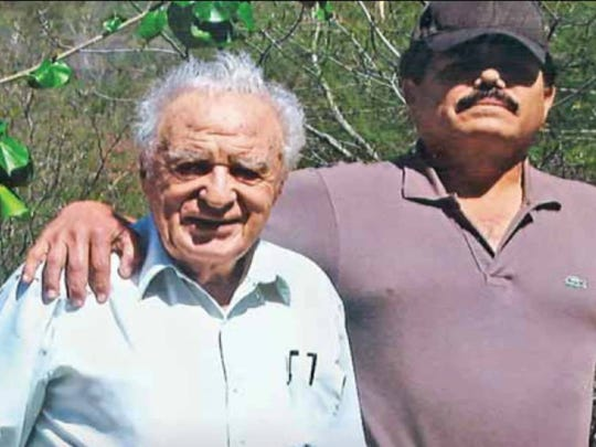 "Journalist Julio Scherer, left, and Ismael ""El Mayo"" Zambada García"