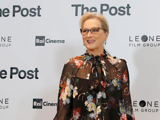 Meryl Streep poses for photographers during a Jan.
