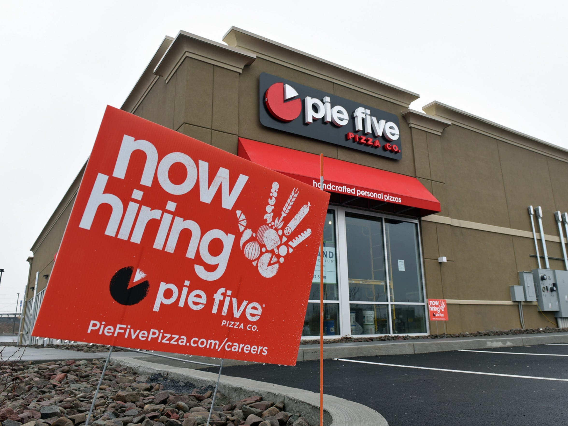 Pie Five Pizza Company opened a store at 580 Norland Avenue, Chambersburg.