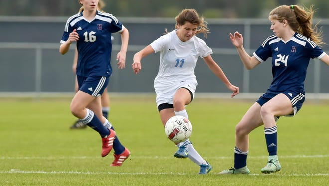 Quinn Billeaud and the No. 1-seeded Ascension Episcopal Lady Blue Gators are one win away from the Division IV state finals.
