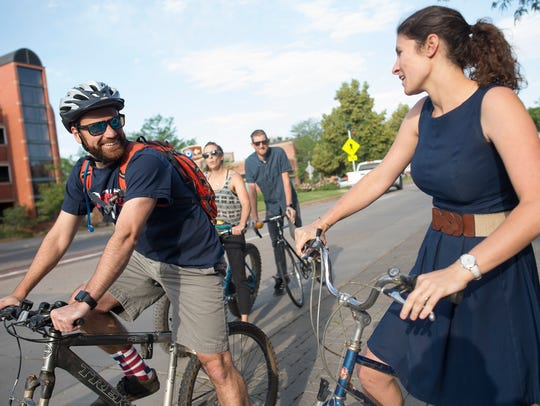Cyclists head down Mountain Avenue during Bike to Work