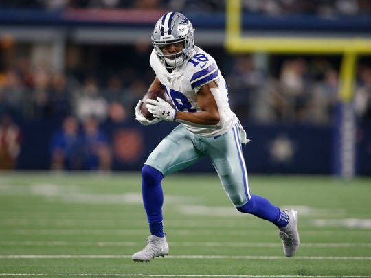 Dec 29, 2019; Arlington, Texas, USA; Dallas Cowboys wide receiver Randall Cobb (18) runs the ball after catching a pass in the third quarter against the Washington Redskins at AT&T Stadium. Mandatory Credit: Tim Heitman-USA TODAY Sports