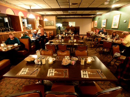 The dining room at Borrie's restaurant begins to fill