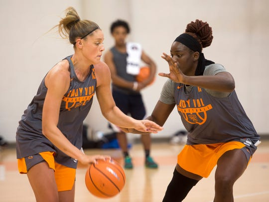 Tennessee forward Cheridene Green (15) defends teammate forward Kortney Dunbar (13) during the Lady Vols first official preseason practice at Pratt Pavilion on Tuesday, Oct. 3, 2017.