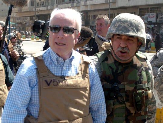 Sen. John McCain, R-Ariz., visits the popular Shorja