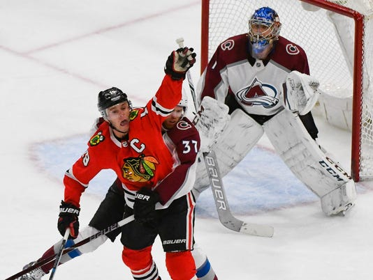 USP NHL: COLORADO AVALANCHE AT CHICAGO BLACKHAWKS S HKN CHI COL USA IL
