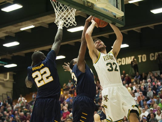 Quinnipiac vs. Vermont Men's Basketball 11/18/15