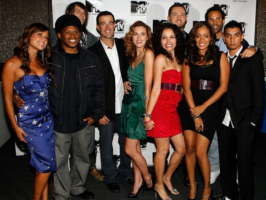 At the show's finale, current and former MTV VJs, from
