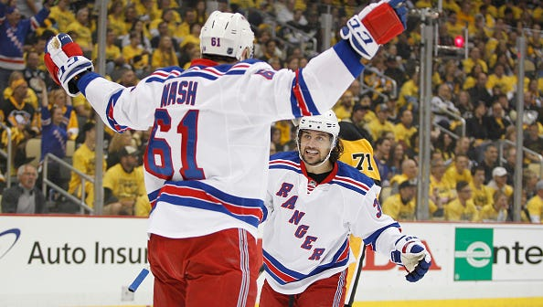 Rick Nash (61), named an alternate captain Tuesday, will have a huge hand in the Rangers' success or failure.