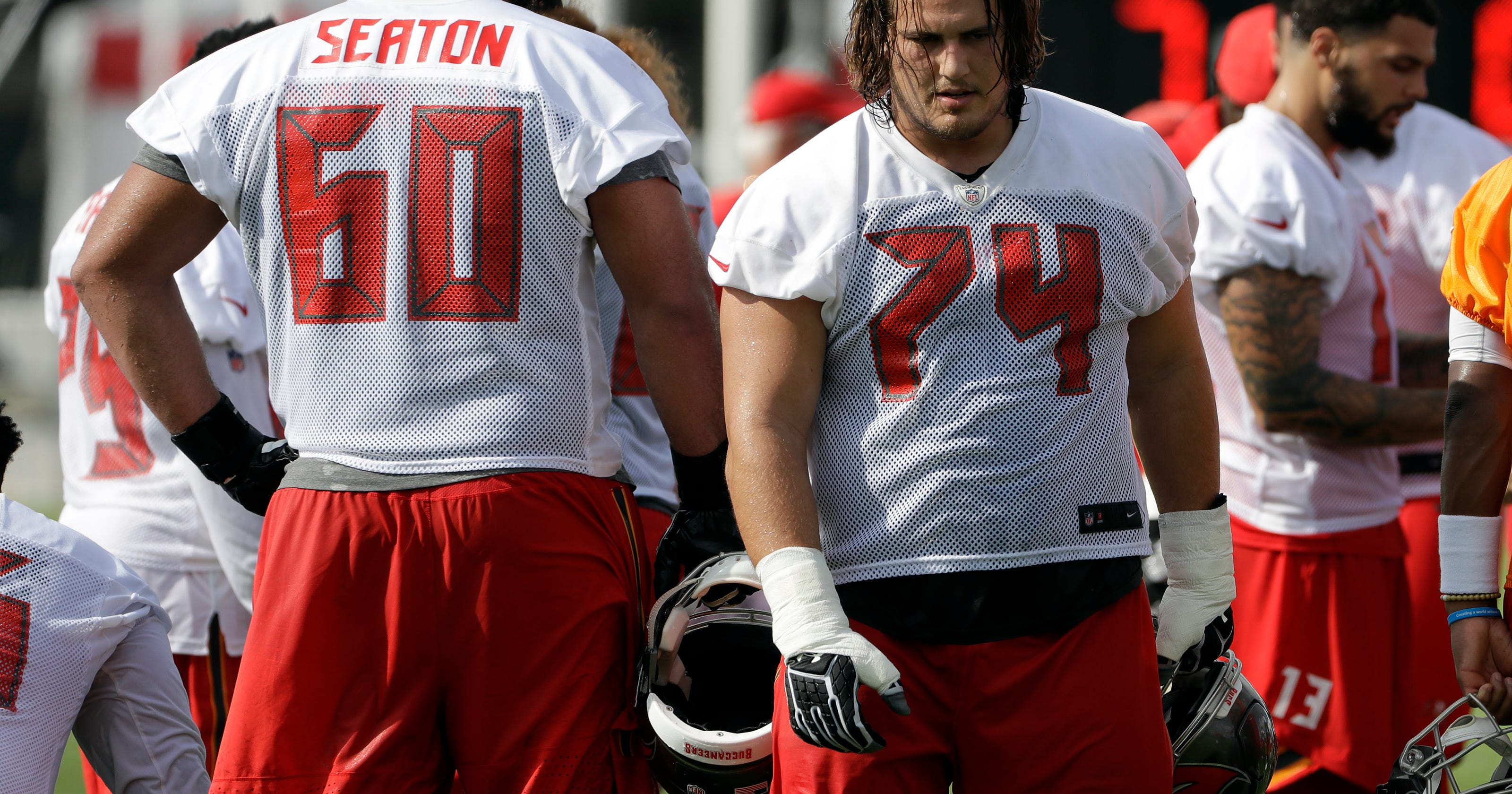 separation shoes fc8e0 31e78 NFL: Hastings native Ali Marpet signs $55M extension with Bucs