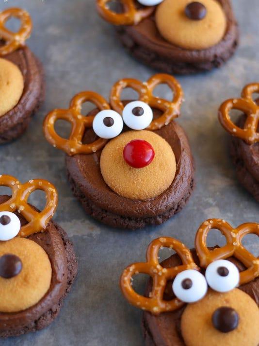 635859625661054214-Rudolph-Reindeer-Cookies.jpg