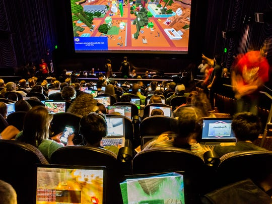Super League Gaming lets players work in teams individually on their laptop. A version of the overall map is displayed on the big screen. The six-week league comes to Salem's Santiam 11 in October.