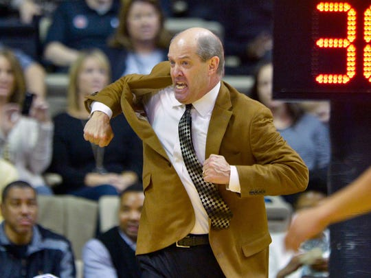 Vanderbilt Commodores head coach Kevin Stallings has
