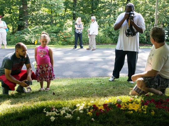 Saturday morning visitors to Cave Hill Cemetery were the first to view the gravesite of Muhammad Ali. 6/11/16