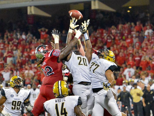 NCAA Football: Vanderbilt at Western Kentucky