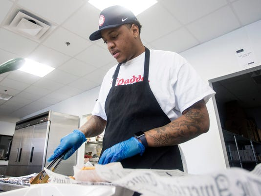 636192118102586195-Daddy-Rich-chicken-wings-opens-at-Chef-Space--PEARL-01.jpg