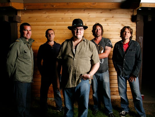 636334680952508399-blues-traveler-2010.jpg