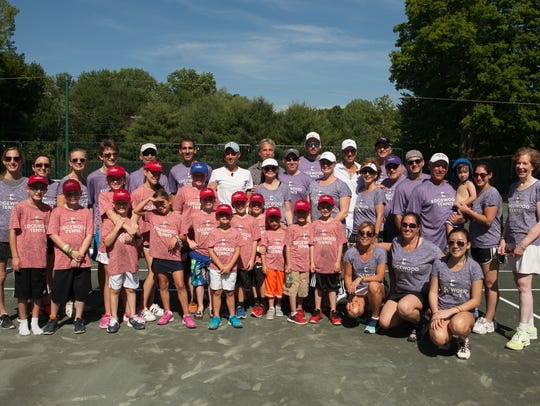 Edgewood Country Club members of all ages brush up