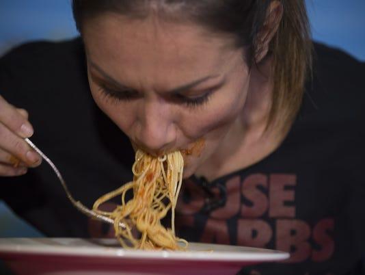 pasta eating