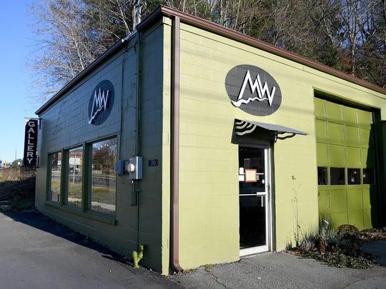 Mark Woodham and Joyce Hones opened MW Studios in Burnsville