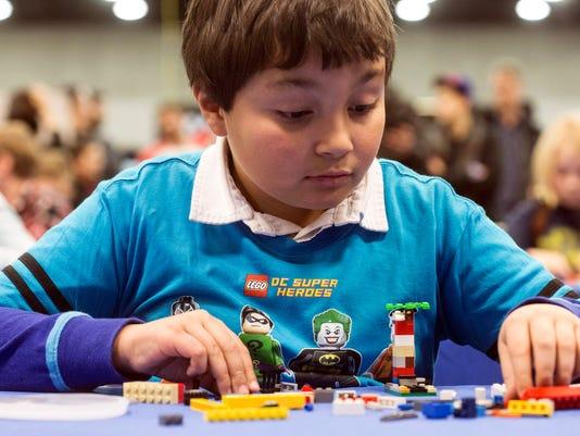 636508556241415482-BrickUniverse-LEGOconvention---PEARL-05.jpg